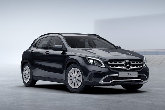 mercedes benz gla 180 d sport utility vehicle ref 0651377979 vriesdonk. Black Bedroom Furniture Sets. Home Design Ideas
